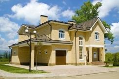 Дом в Краснодаре в коттеджном поселке 255 м2, з/у 10 соток