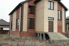 Дом 250м2 на участке 6 сот. земли в Краснодаре